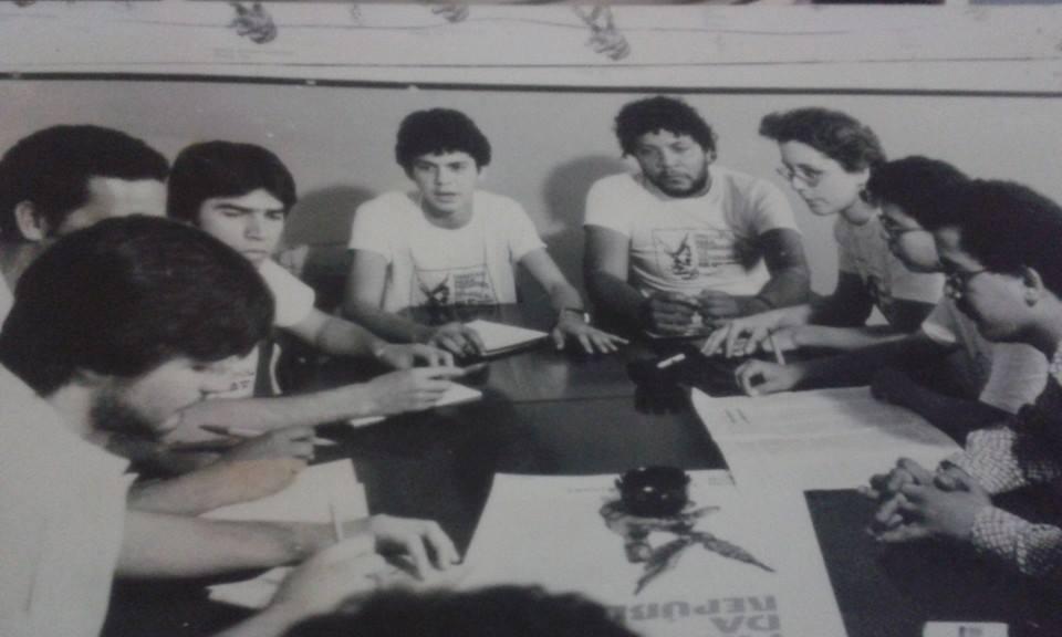 Com Neno de Marchi,Viieirinha, Colombo, Waldir Neves,Solange,Taninha e Bispo organizando 1º Ato de lancamento das Diretas Já.