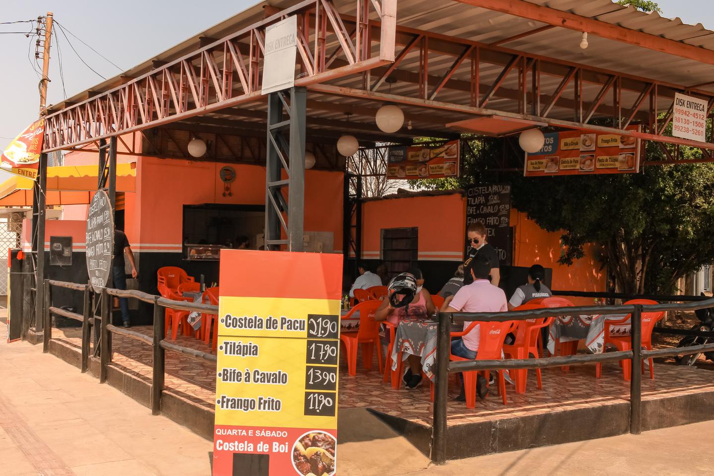 Restaurante voltou a fazer atendimentos. Foto: Tero Queiroz   MS Notícias