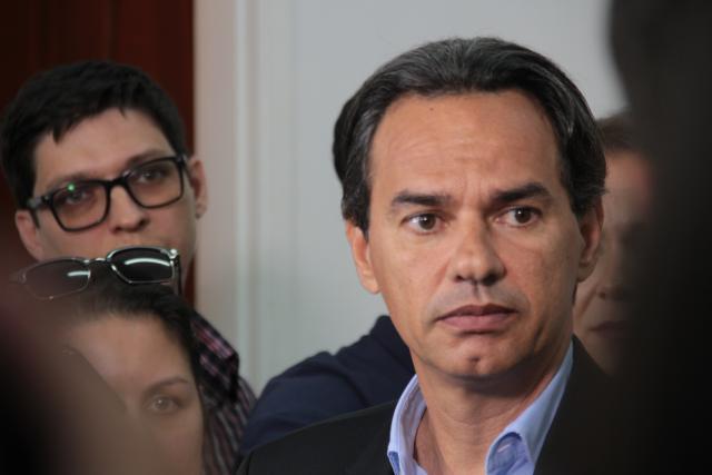 Marquinhos quer por fim também na tarifa mínima de água na Capital