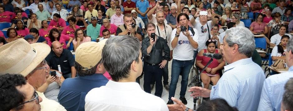 Pré-campanha de Puccinelli atrai lideranças de legendas não-alinhadas